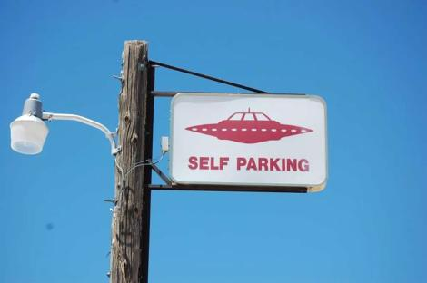 Outdoor-Advertising-Sign-of-Self-Parking-UFO-in-Nevada