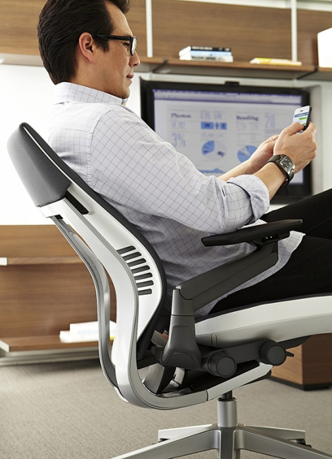 The-Science-of-Sitting_Gesture-by-Steelcase_3