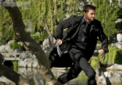 the-wolverine-hugh-jackman-running-600x421