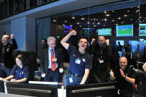 rosetta-comet-spacecraft-wakeup-success