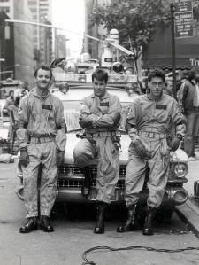 Bill-Murray-Dan-Aykroyd-and-Harold-Ramis-on-the-set-of-Ghostbusters