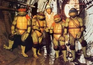 Jim-Henson-with-the-Teenage-Mutant-Ninja-Turtles