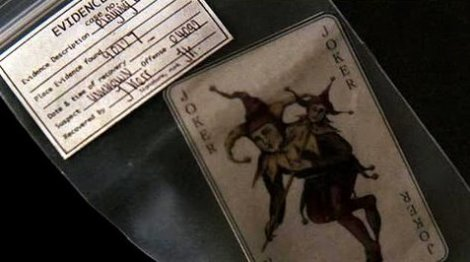 batman-begins-joker-card