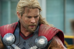 chris-hemsworth-avengers-age-of-ultron-600x399