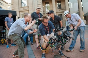joss-whedon-avengers-age-of-ultron-set-image-600x399