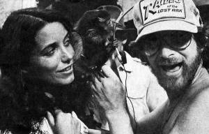 Karen-Allen-and-Steven-Spielberg-with-the-capuchin-monkey-on-the-set-of-Raiders-of-the-Lost-Ark