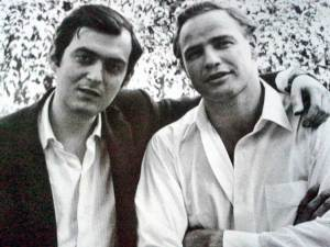 Stanley-Kubrick-and-Marlon-Brando-at-Kubrick's-Beverly-Hills-home-1958