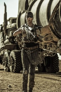 mad-max-fury-road-image-charlize-theron-3-399x600